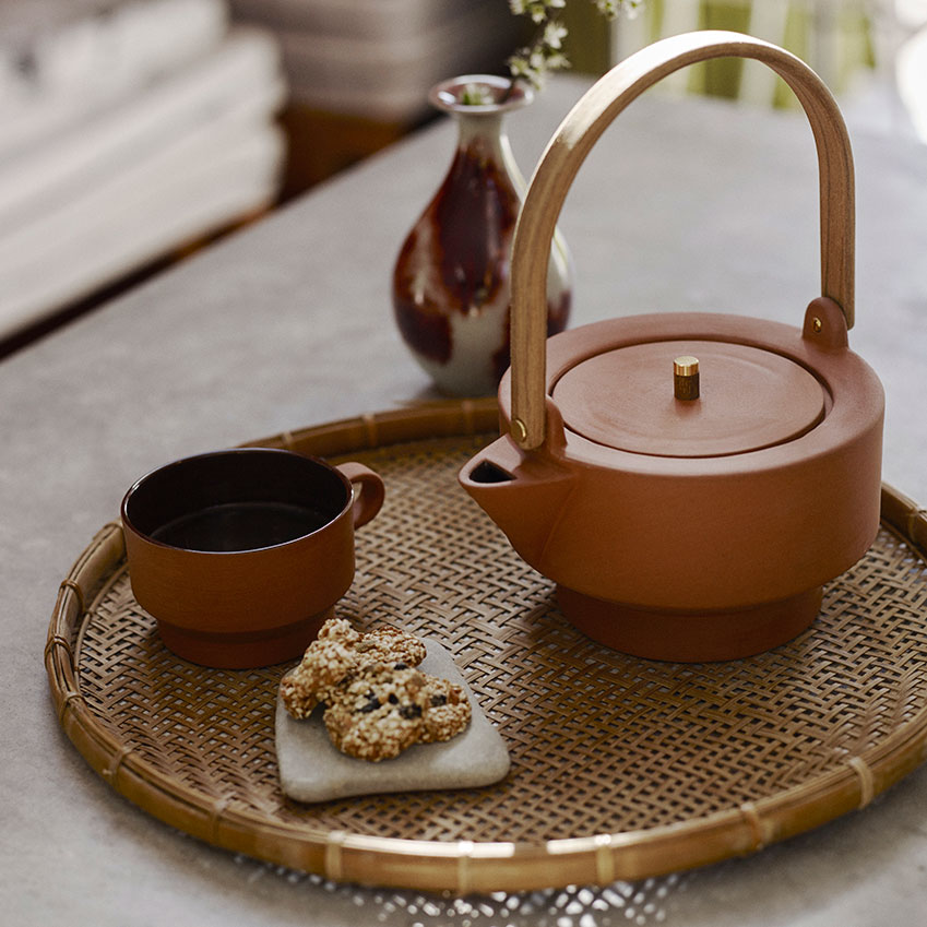 'Edge' cup £17; 'Edge' teapot, £119, both in Burned red, Skagerak