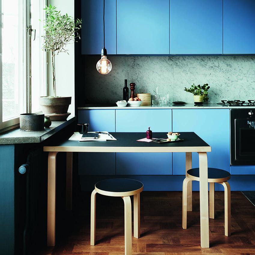blue kitchen Photography: Jonas Ingerstedt