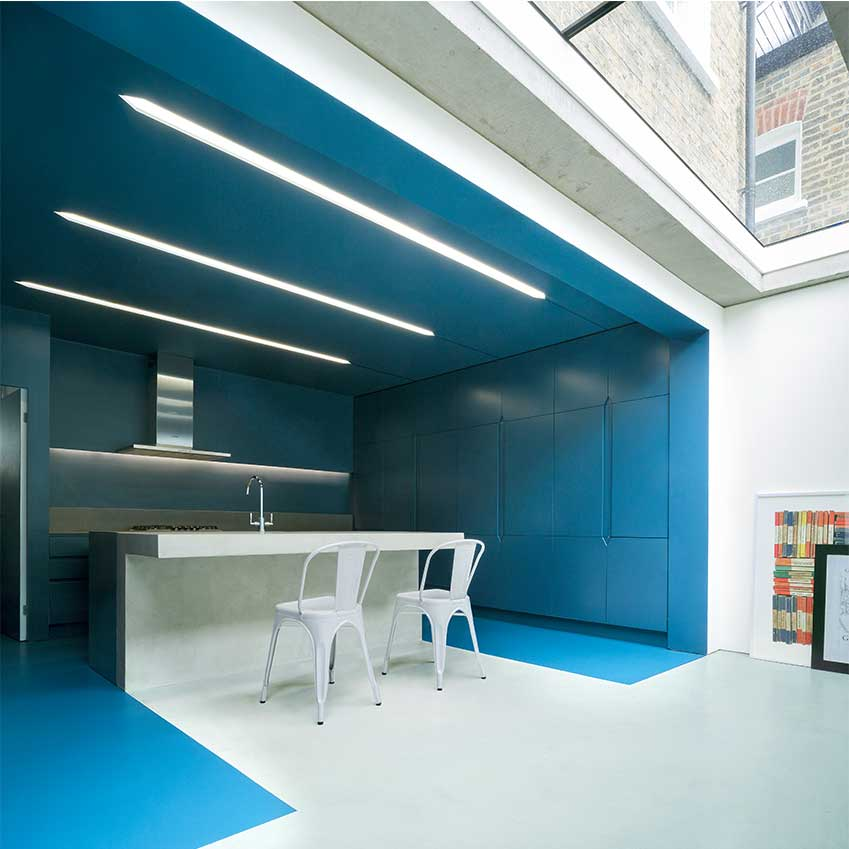 Solutions blue kitchens elle decoration uk for Webs custom kitchen