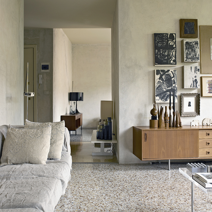 This home in northern Italy's Reggio Emilia was built in the 1950s and still has the original poured terrazzo floor throughout. In pristine condition, it's testament to the fact that this material stands the test of time. Photography: Fabrizo Cicconi/Living Inside