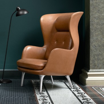 'Ro' leather chair by Jaime Hayon, Fritz Hansen