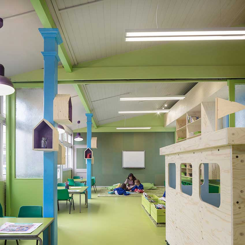Mobile 'canal barges' in the classrooms serve as play areas