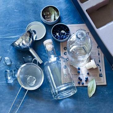 Gin making kit by Rowen & Wren