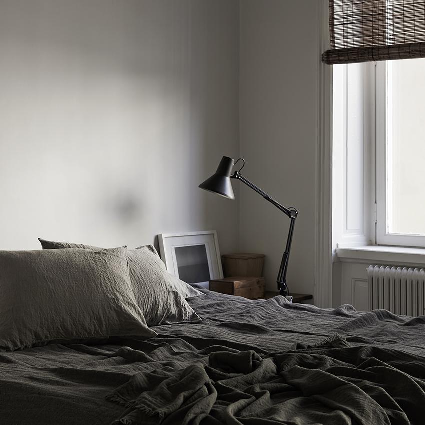 How to use a subtle colour palette in the home elle for Elle decoration bed linen