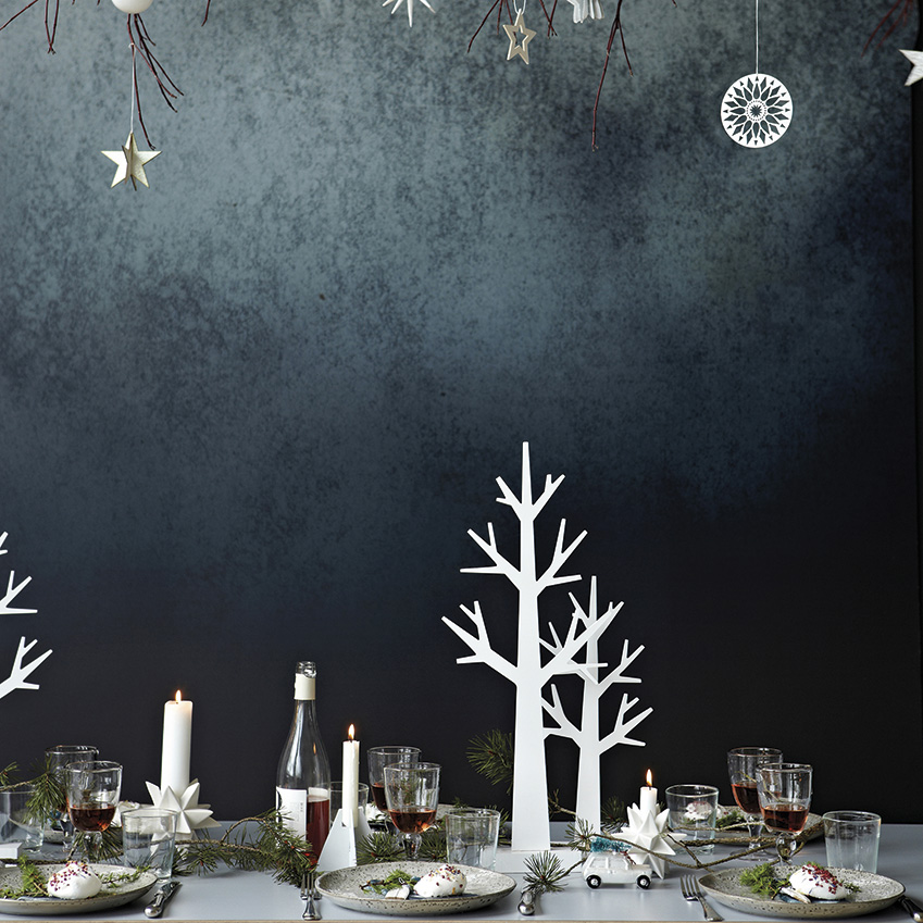 House Doctor – The tiniest alternative of all! Display a set of miniature Christmas trees on the dining table