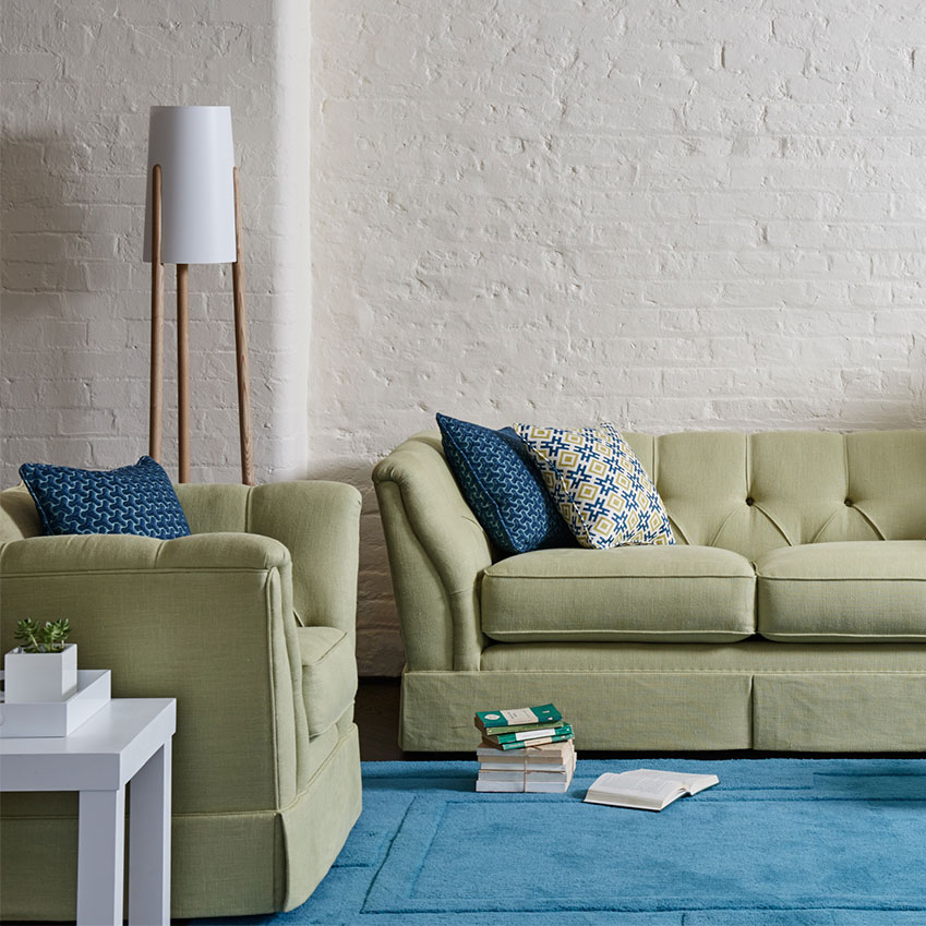 Exceptional Originally Designed In 1975 By David Hicks, This Sofa Is An Ever Stylish  Blend Of Classic Form U2013 Tapered Arms And Charming Buttoned Details U2013 And ...