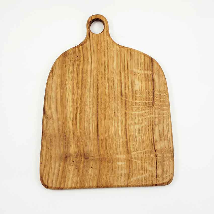 Oak chopping board, £38 (minorgoods.com)
